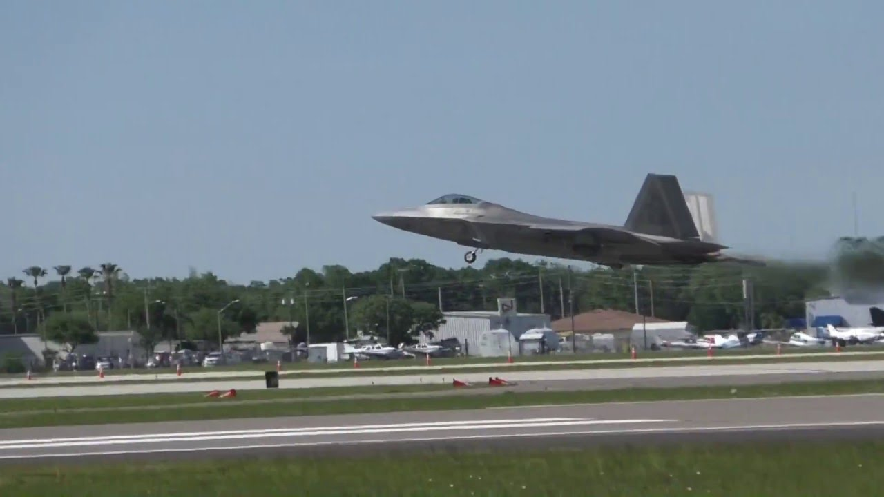 Sun 'n Fun — шоу частной авиации в США